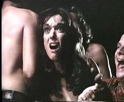 в дом к женщине ворвались хулиганы и поимели хозяйку в разных позах и на разных поверхностях.