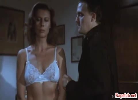 Секс по принуждению, отличная игра актрисы.