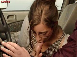 Минет в машине - сцена из художественной мелодрамы
