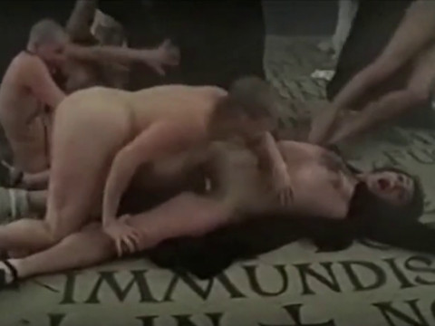 Сексуальное совращение монахинь