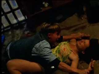 Пьяные подростки решают изнасиловать свою подругу.