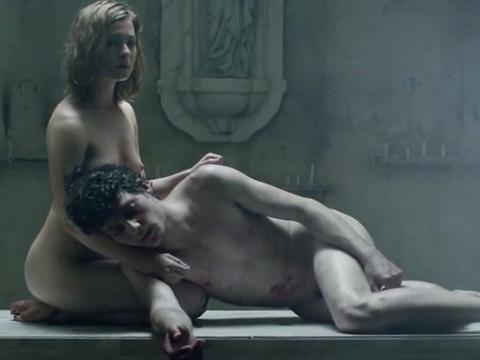 Секс сцена с мистическим существом