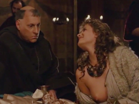 Похотливый король любящий женщин и вино