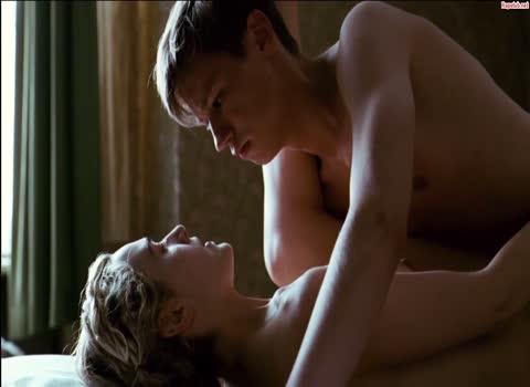 Сексуальное влечение между учительницей и учеником.