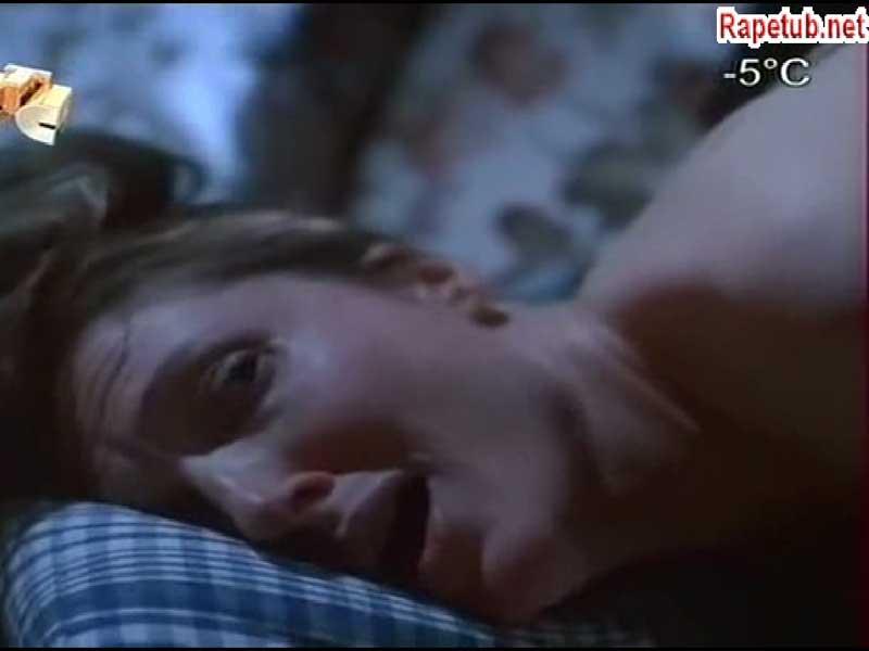 Cцена из фильма -  смерть на автозаправке, неизбежное.
