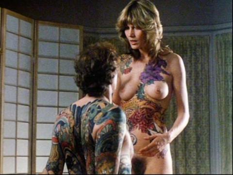 Художник похищает модель чтобы сделать тату на ее теле