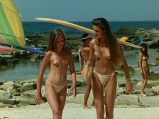Преступление на нудистском пляже