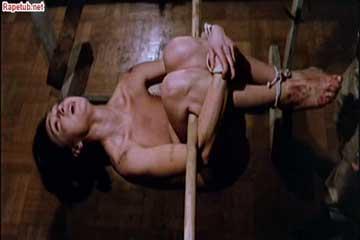 Пытки и изнасилование женщины в полицейском участке.